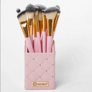 Bh Cosmetics Pink Studded Elegance Brush Set BNIB